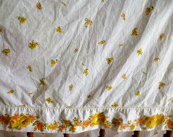 "Vintage Twin FLat Sheet 66""x104"" Yellow and Orange Floral"