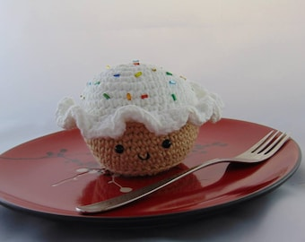 Crocheted Vanilla Cupcake