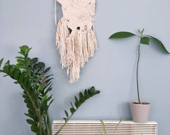 Waves Against Rock / Handamde Macrame Wall Hanging / Wall Art / Tapesrty