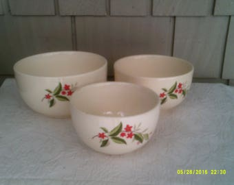 Three Vintage Pottery Nesting Mixing Bowls, by Universal Cambridge Ovenproof, Woodvine Pattern, Nesting Mixing Bowls
