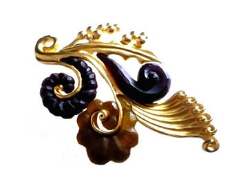 KARL  LAGERFELD ~ Authentic Vintage Gold Tone Holly Leaves Ferns Brooch