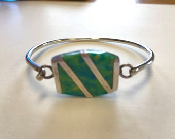 Beautiful Sterling Silver Bangle Style Bracelet Bright Green Blue  Inlaid Stone
