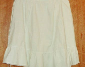 Antique skirt in cotton petticoat, Vintage of the 1900s white