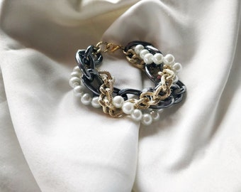 Torchon bracelet with pearls and chains, urban chic style, women's jewellery, Mother's Day gift idea, thought for the mother-in-law