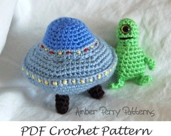 PDF Pattern - Amigurumi Flying Saucer and Martians