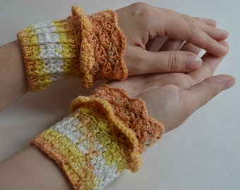 Lace  Elegant Wrist cuffs, Romantic  Crochet Cuffs Arm Warmer