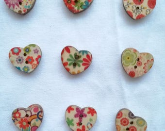 Lot of 2 Heart Buttons with multicolour Flowers in wood - 17 mm - for decoration, customization, sewing, scrapbooking...