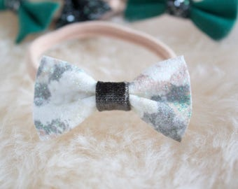 Mini bow   Winter floral bow   Winter floral   Christmas bow   Faux leather bow   Dainty bow   Small bow   One size headband   Tiny bow