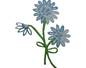 ID 6564 Blue Wildflowers Patch Bouquet Garden Plant Embroidered Iron On Applique