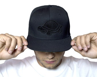 Monochrome Black Turtle Hat
