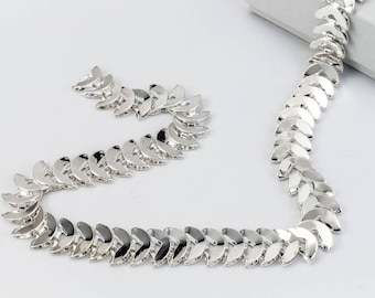 Bright Silver 8mm Crescent Moon Chain #CC112