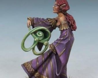 DiTerlizzi Masterworks: Ash Firefeather, Female Elven Mage - 4611 - Dark Sword Miniatures