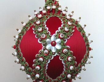 """Beaded Christmas Ornament Kit """"Chalet"""""""