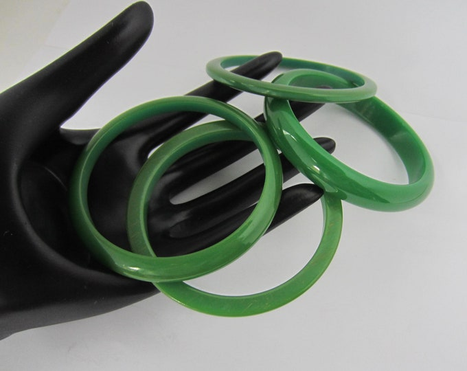 "BAKELITE tested ""HAPPY Green"" four-piece lot of Bangle Bracelets ~vivid, vintage costume jewelry"