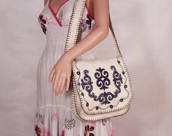 Wool bag, Shoulder bag, Shopping bag vintage, Handmade vintage bag, Hippie purse, Medium size bag, Embroidery bag, Elegant day accessory
