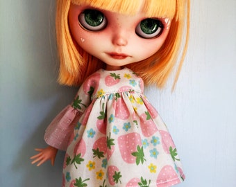 Pastel Strawberries dress for Blythe