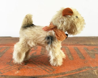 Vintage Steiff Foxy Fox Terrier with original button, tag, bell and ribbon, vintage toy, Steiff toy, dog owner gift from the 1950s