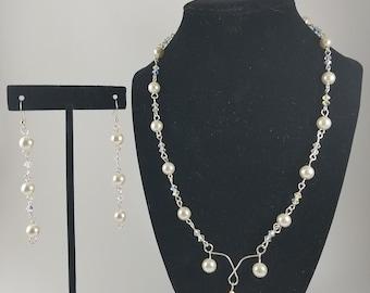 Elegant Pearl Drop Erranings & Necklace