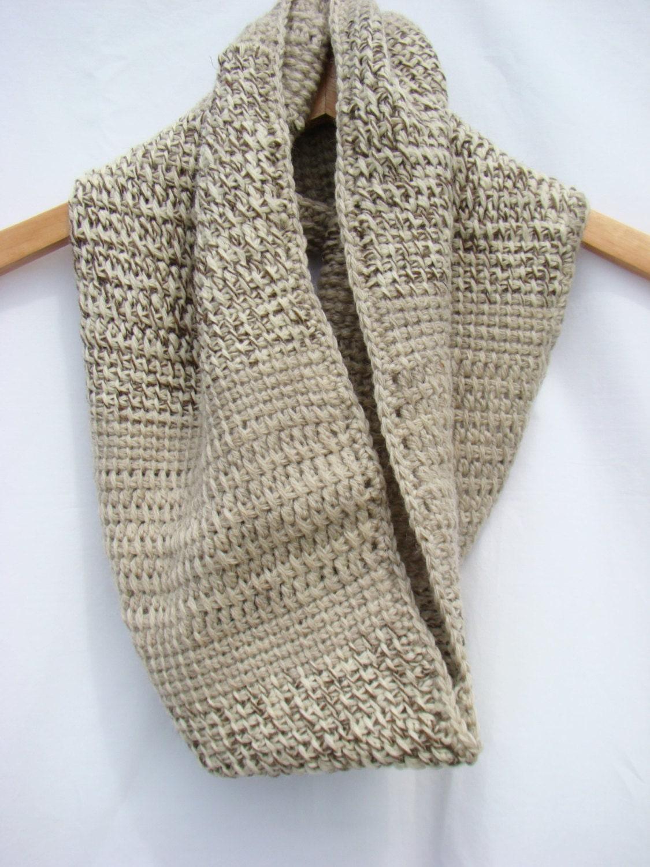 Barile cowl tunisino cerchio all 39 uncinetto sciarpa for Immagini uncinetto