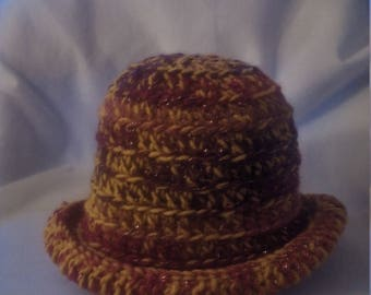 Rolled brim hat in shades of fire