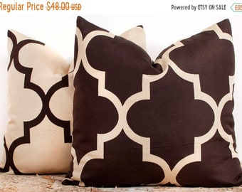 SALE ENDS SOON Tan and Brown Quatrefoil Throw Pillow Covers, Pillow Covers 22x22, Pillowcase, Set of 2, Soft Pillows, 2--22 x 22
