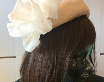 Vintage 1960s White Rauschert Souers Formal Hat