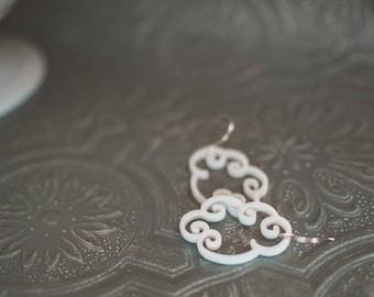 Cloudy Earrings in white