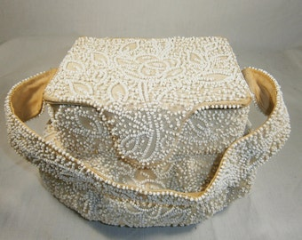 White Beaded Evening Bag, Box Purse with Expanding Bottom,  K & G Charlet Paris New York, Beaded Bucket Handbag, 1940's