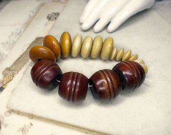 Mixed Chunky Wood Bead Set - 17 Wooded Beads - Vintage & Contemporary - Saucers, Discs, Ridged Barrels - Large Macrame Craft Beads n Focals