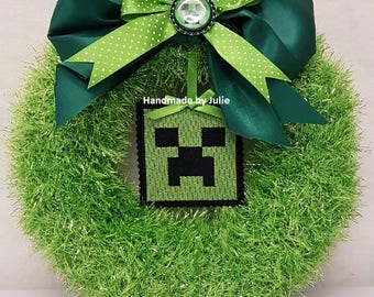 Knitted Tinsel Wreath Minecraft