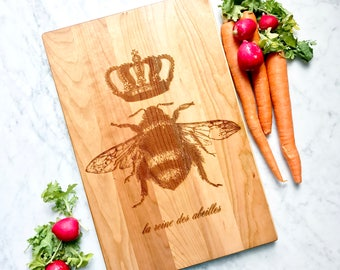 Queen Bee cutting board. French country home decor. Cherry hard wood. Wooden chopping block, engraved. Hostess Gift, Wooden Sign.
