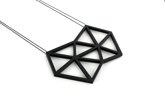 Necklace Mutation 08 - polygon - black - acrylic - geometric statement jewellery - contemporary jewelry - accessory - lasercutting