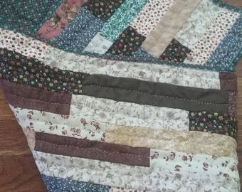 Hand Quilted Fall Theme Table Runner, Quilted Home Decor, Home Accents, Fall Colors, Table Top Quilt, Table Runner