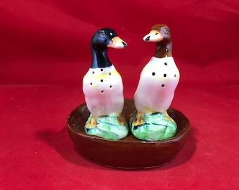 Vintage Duck Salt and Pepper Shakers with Tray - Made in Japan Ducky Shakers with Matching Tray