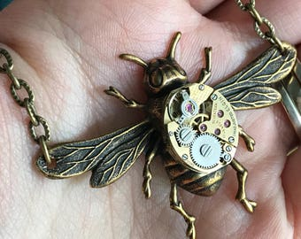 Steampunk Bee Necklace, Bee Necklace, Watch Movement Necklace, Steampunk Wedding Necklace, Gifts For Her, Bug Necklace, Gold, Brass, Gear