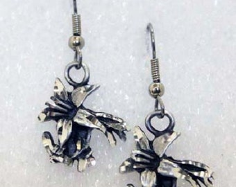 Silver Pewter Diamond Cut Handmade Columbine Flower Earrings