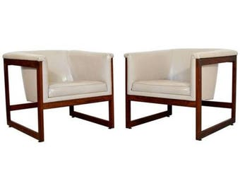 Mid Century Modern Milo Baughman Pair Floating Cube Walnut Lounge Chairs 1970s