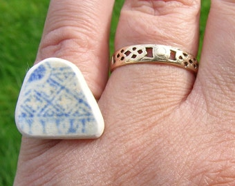 Unique hand crafted Victorian blue and white geometric Cornish sea washed china fragment adjustable silver tone ring