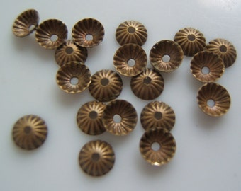 20 -  Tiny 5mm Fluted Antique Brass Bead Caps