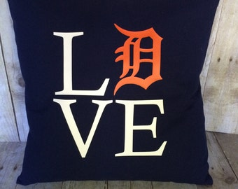 Detroit Tigers- Detroit Tigers pillow cover- Detroit Tigers Love- Pillow Cover- Michigan Pillow Cover- Detroit Tiger gift