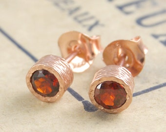 Rose Gold Garnet Earrings, Garnet Studs, Gold Gemstone Earring, Simple Earrings, Textured Earring, Round Earrings, Vintage Inspired Jewelry