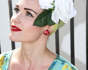 White ROSE Floral Hair Barrette/ Hair Piece/ Hair Clip.  Vintage Retro Rockabilly inspired, hand crafted, UNIQUE