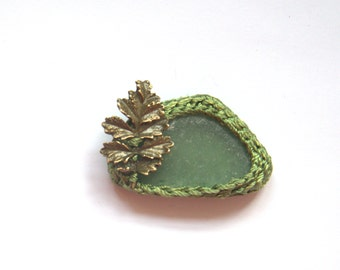 Sea glass green brooch tree leaf Valentine gift for her crochet textile jewelry seaglass bronze leaf beach woodland Weddings