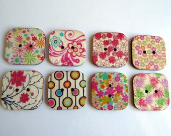 8 Square Flower Pattern Wooden Buttons #EB52