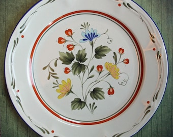 """Vintage Sakura Ceramic 10.5"""" Dinner Plate ANGELA Pattern with Green Yellow and Red Flower and Leaf Pattern Replacement"""