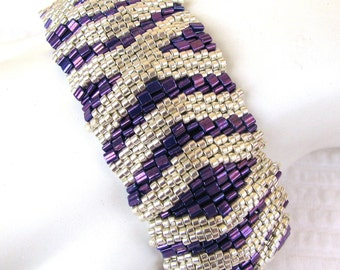 Silver Hugs and Kisses on Purple Peyote Cuff Bracelet (2361) - A Sand Fibers Creation