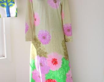 1970s Hawaiian Dream Dress...kawaii. mod. dreamy. maxi dress. 70s dress. green. purple. tan. vintage hawaiian dress. kimono. kitsch. pink