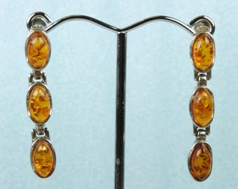 Minimalist Sterling Silver Baltic Amber (琥珀色) Oval Stud Drop Earrings