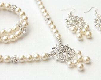 Bridal Jewelry Set, Ivory Swarovski Pearl Bridal Jewelry Set, Pearl Necklace Earrings Bracelet Set,  art. e06-b05-n30