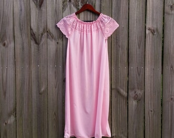 L Large Vintage Pink Lace 100% Nylon Exclusive of Trim Pretty Summer Spring Made in USA Tent Shift Pajamas Nightgown